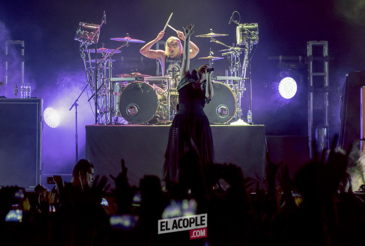 Evanescence live at Tecnopolis 02-05-17