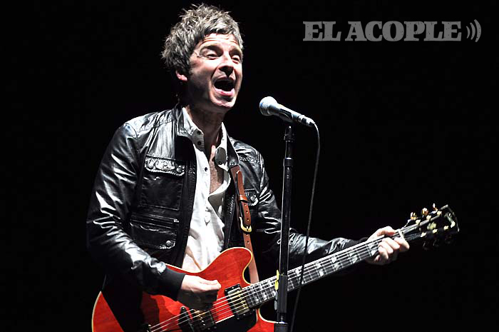 noel-gallagher-geba-05-12